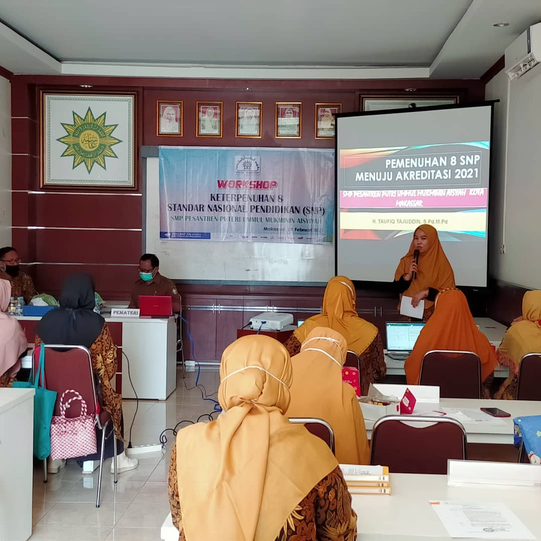 Persiapan Akreditasi 2021, SMP Ummul Mukminin Gelar Workshop Keterpenuhan 8 SNP